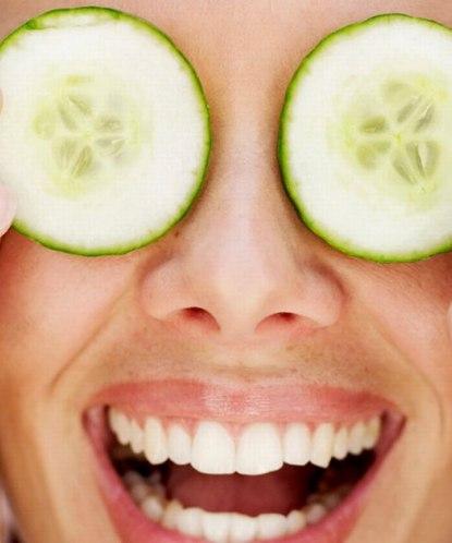 Как более эффективнее убрать морщины под глазами в домашних условиях